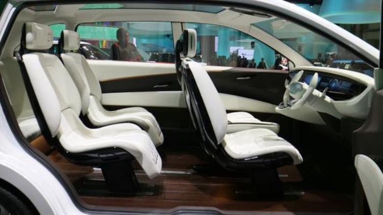 Benarkah Daihatsu DN Multisix Jadi Pengganti Xenia di 2019?
